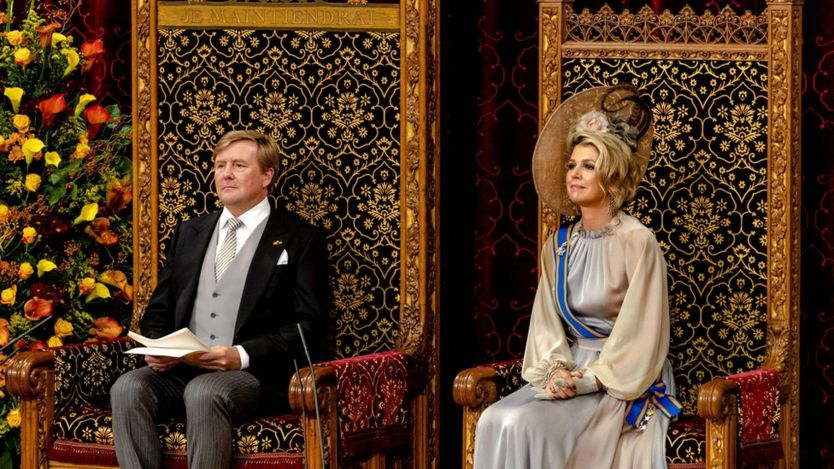 Dutch King Willem-Alexander (L) and Queen Maxima (R)