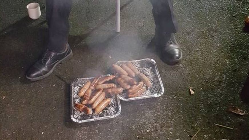 【英国】火事から救出の子豚たち ソーセージとなって助けた消防士たちに贈られる…  [無断転載禁止]©2ch.netYouTube動画>6本 ->画像>64枚