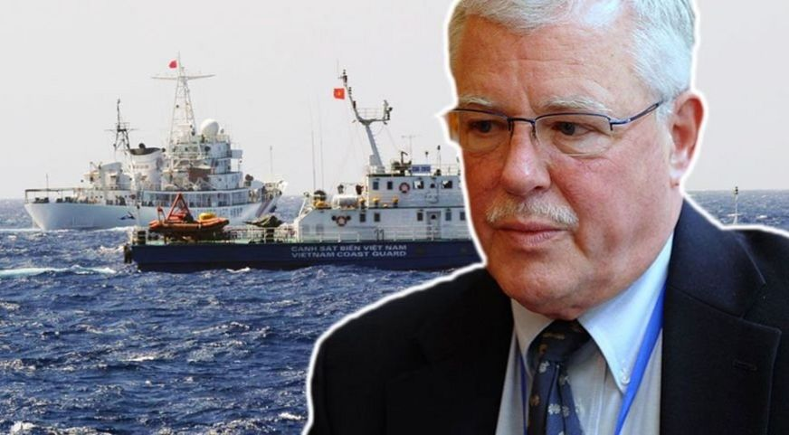 GS Carl Thayer đề nghị Việt Nam nên công bố chi tiết về những gì đã diễn ra ở Biển Đông từ hôm 3/7 và cho báo chí đưa tin