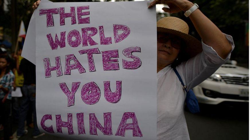 Người Phillippines biểu tình phản đối Trung Quốc bắt nạt Philippines và Việt Nam trên Biển Đông năm 2014