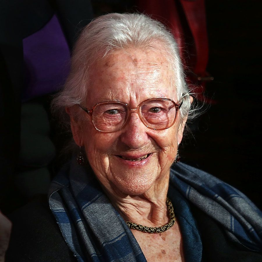 Anne Olivier Bell