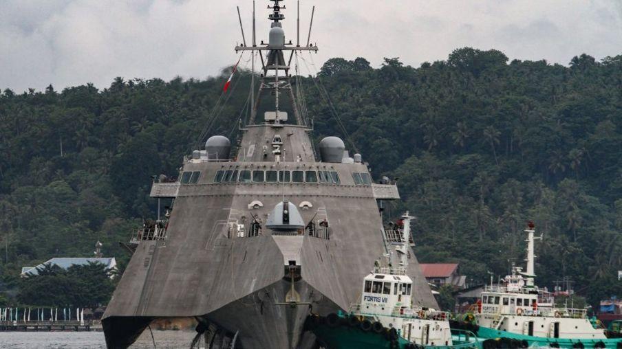Hàng không mẫu hạm USS Montgomery của Hoa Kỳ tại đảo Mindanao trong một lần thăm Philippines cuối tháng 6/2019