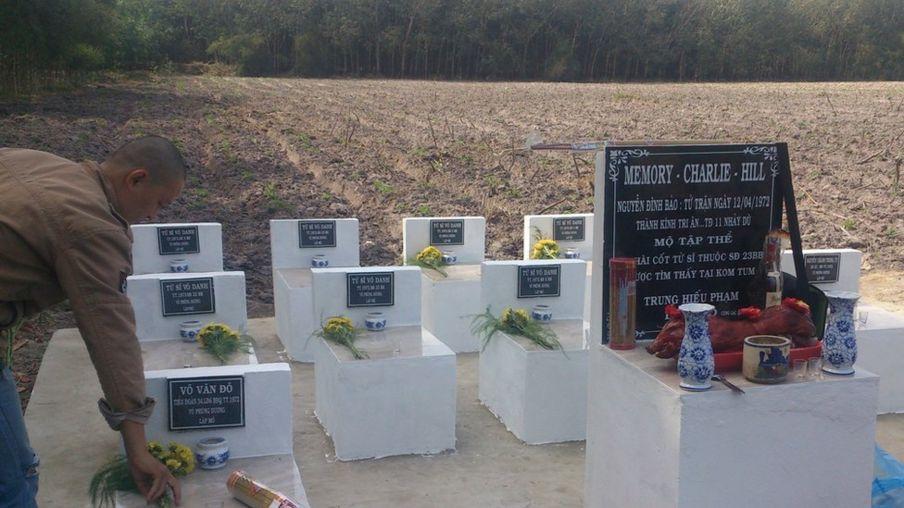 Khu mộ tập thể quân nhân chết ở đồi Charlie vào năm 1971 được lập tại Chơn Thành, Bình Phước vào các năm 2014, 2015