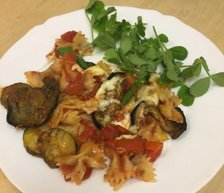 A plate of veggie pasta