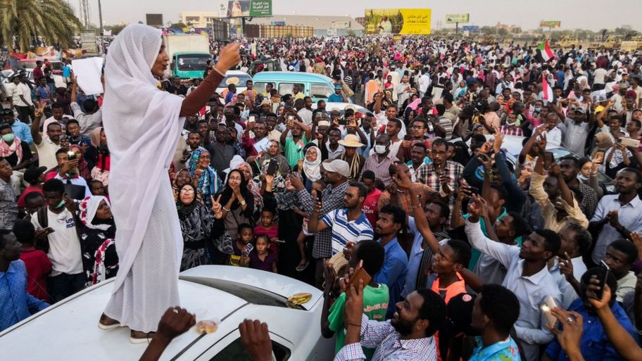 Sudan: Protesters fighting for a free democracy in the Sudanese government