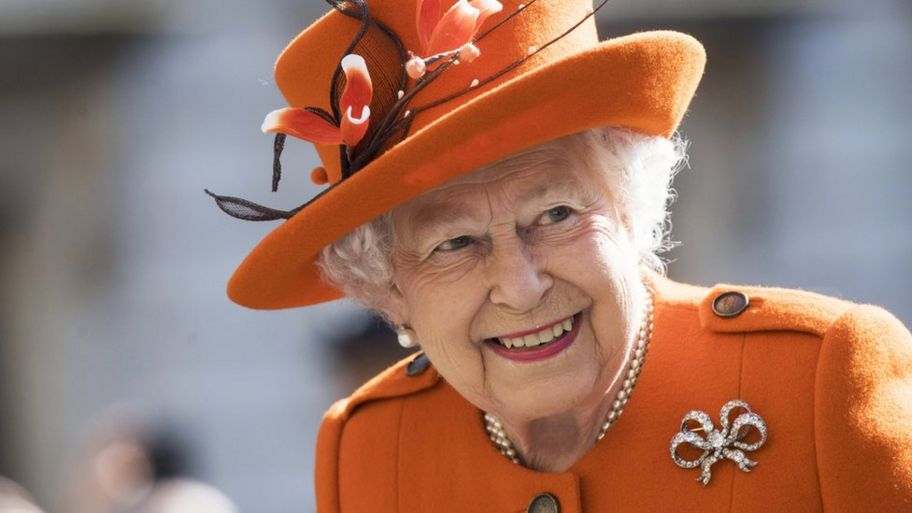 The Queen At 92 Why Does She Have Two Birthdays Cbbc Newsround