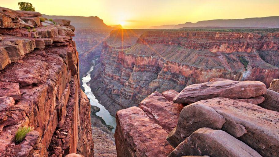 Rảnh Gran Canyon sâu 1280 mét