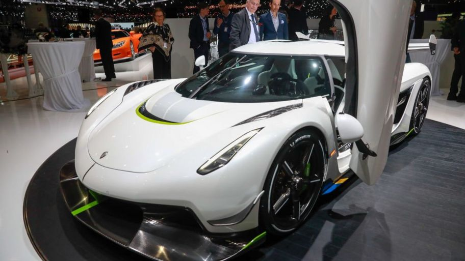 Fastest Car In The World >> Koenigsegg The World S Fastest Car And Other Speedy