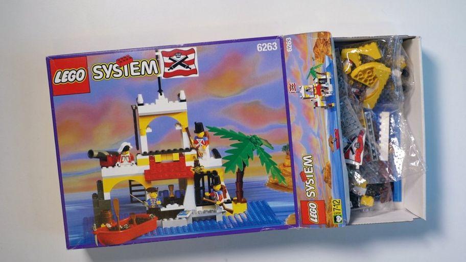 Lego Celebrates Its 60th Anniversary Cbbc Newsround