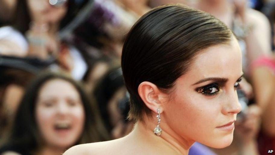 Emma Watson goes back to university in the UK - CBBC Newsround