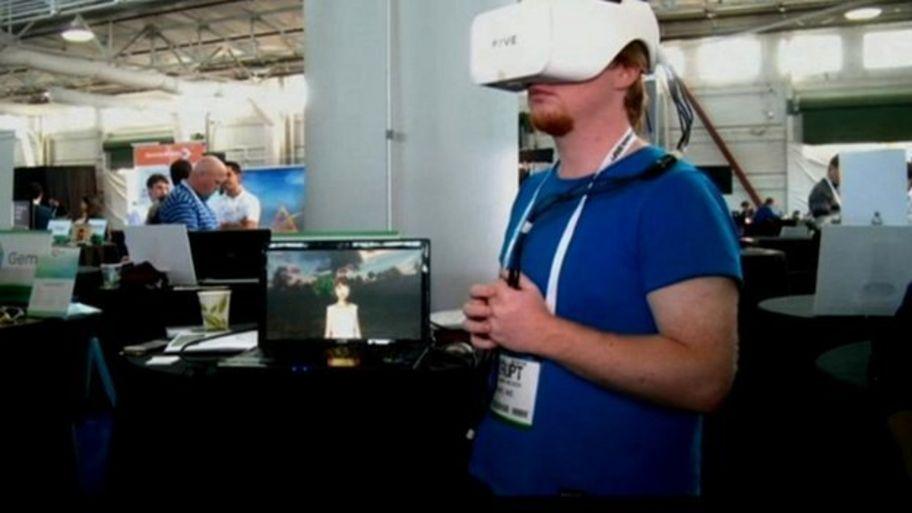 Japanese company Fove makes eye-tracking gaming helmet