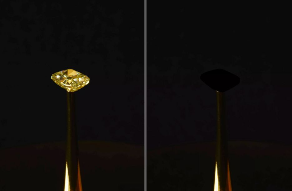 เพชรสีเหลืองที่ส่องประกายเจิดจ้าหายไปในความมืด หลังถูกห่อหุ้มด้วยวัสดุชนิดใหม่ที่ดำที่สุดในโลก