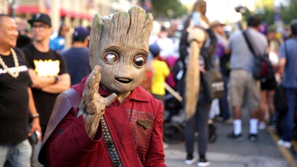 Baby-Groot-costume.