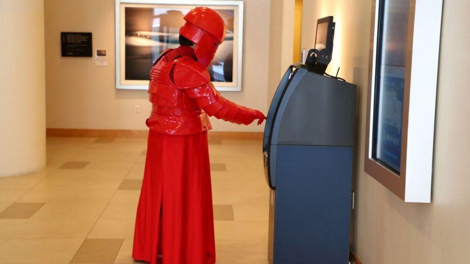 Praetorian-Guard-getting-money-from-a-cash-machine.