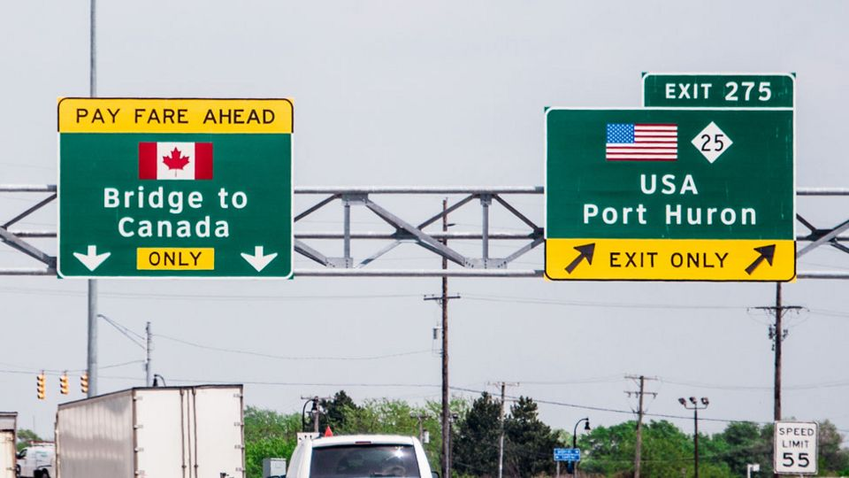 Frontera canadiense con EE.UU.