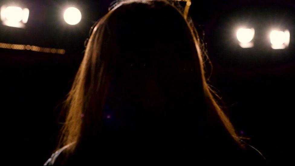 Насилие и жестокость: правда о темной стороне музыкальной индустрии