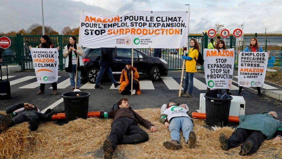Activists block an Amazon centre in Bretigny-sur-Orge