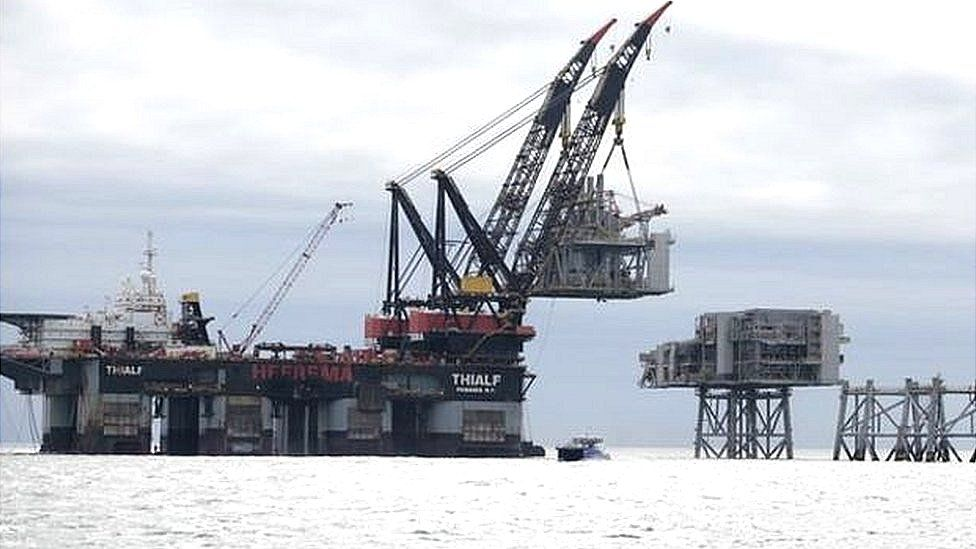 Clair oil field development