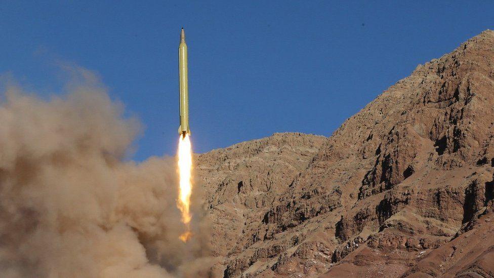 iran tests long range Qadr ballistic missile in March 2016