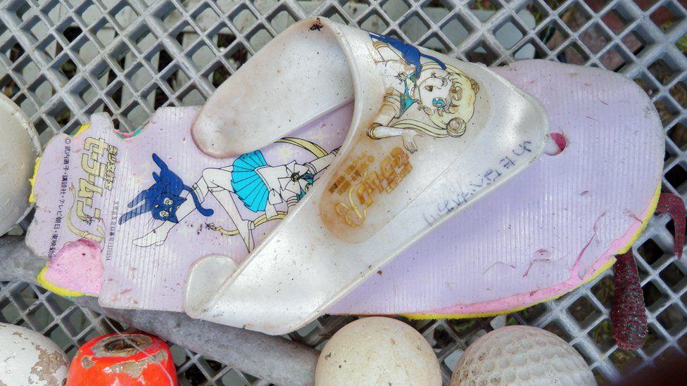 marine debris - child's flip flop