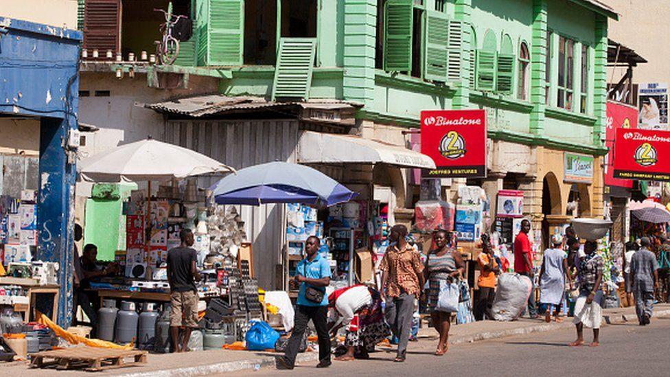 Des magasins de commerçants nigérians fermés au Ghana