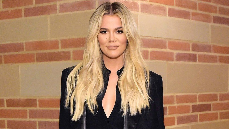 Khloe Kardashian: Pressure and ridicule over image 'too much to bear' thumbnail