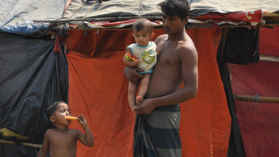 Photograph of the camp on no man's land between Bangladesh and Myanmar