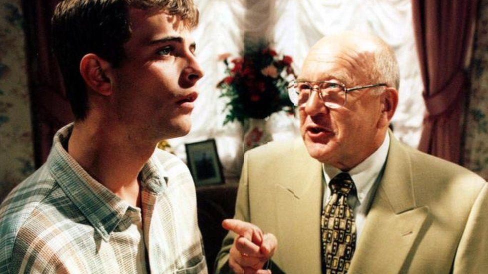 Roy Barraclough with Simon Gregson, who plays Steve McDonald