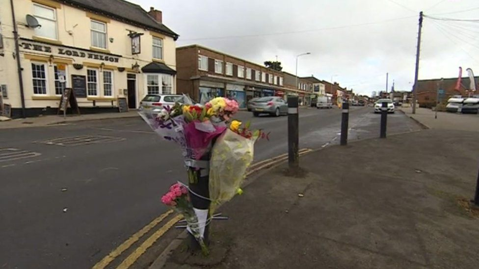 Crash scene in Wood Street