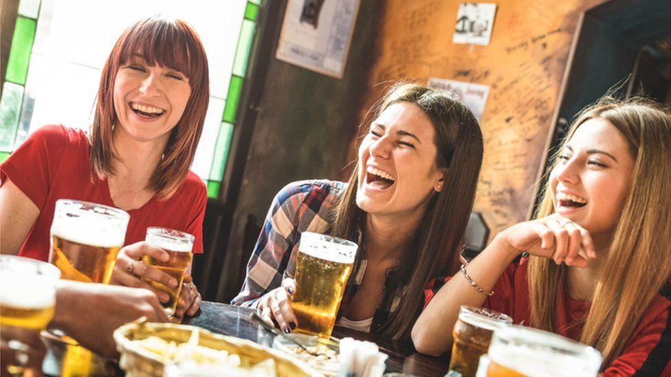 Women in a pub