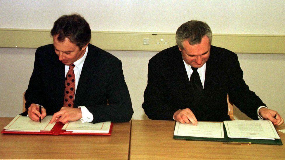 Tony Blair and Irish Taoiseach Bertie Ahern
