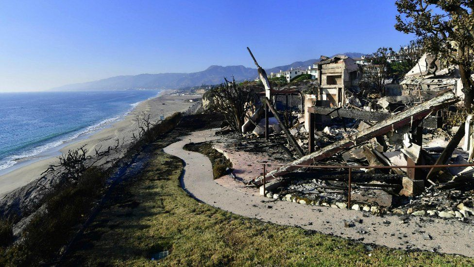 The remains of a beachside luxury home along the Pacific Coast Highway community of Point Dume in Malibu, California, on November 11, 2018