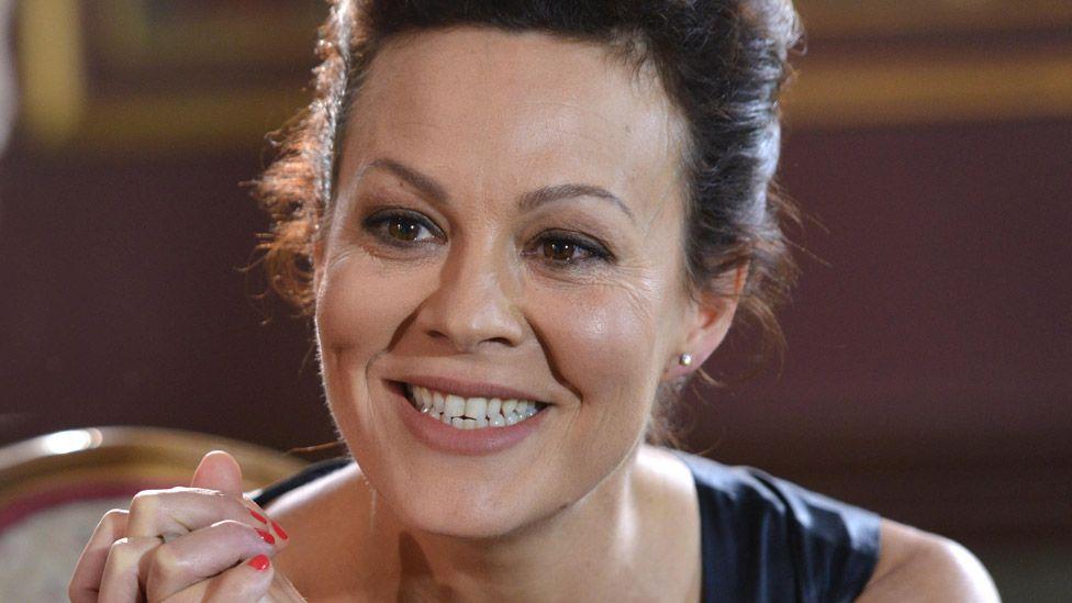 Helen McCrory: Peaky Blinders actress dies aged 52, husband Damian Lewis says thumbnail