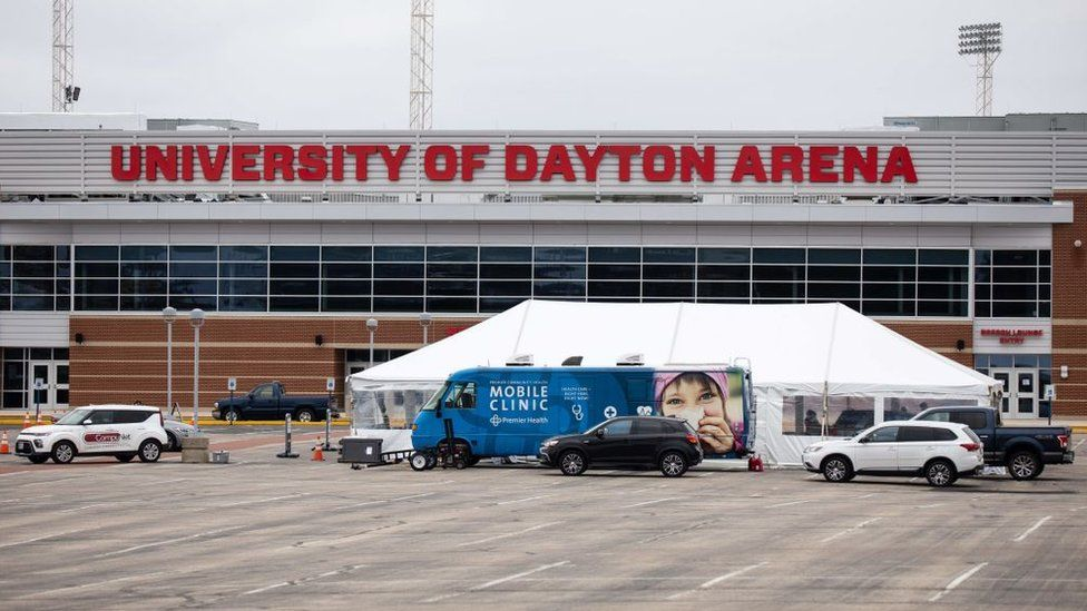 A drive-by clinic set up in Daytona, Ohio