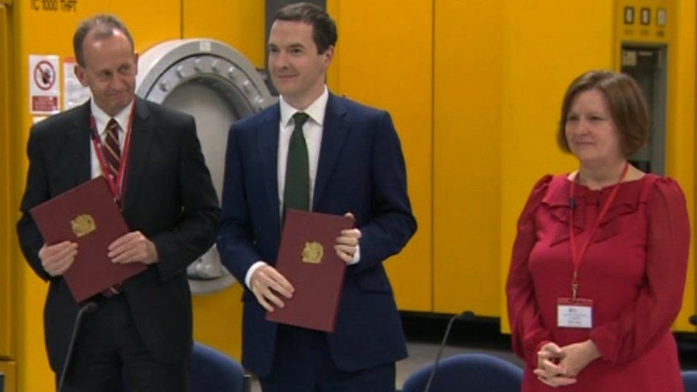 Sir Steve Houghton, George Osborne and Julie Dore at the signing of the in-principle agreement in 2015