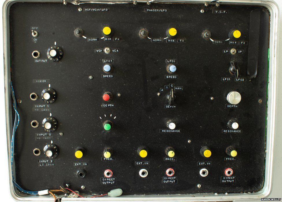 Robert Rental's multi-channel effects unit