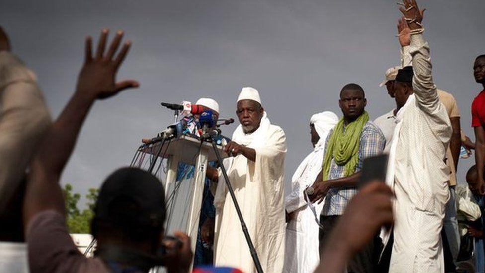 Imam Mahmoud Dicko speaking to a crow in Bamako, Mali - June 2020