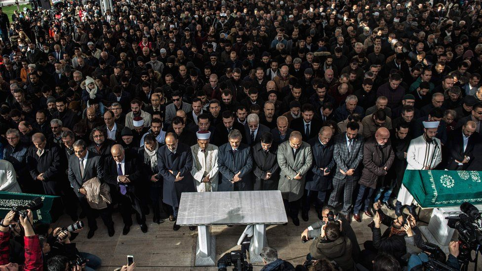 People attend a symbolic funeral prayer for Saudi journalist Jamal Khashoggi, killed in the Saudi consulate in Istanbul, at the courtyard of Fatih mosque in Istanbul, 16 November 2018