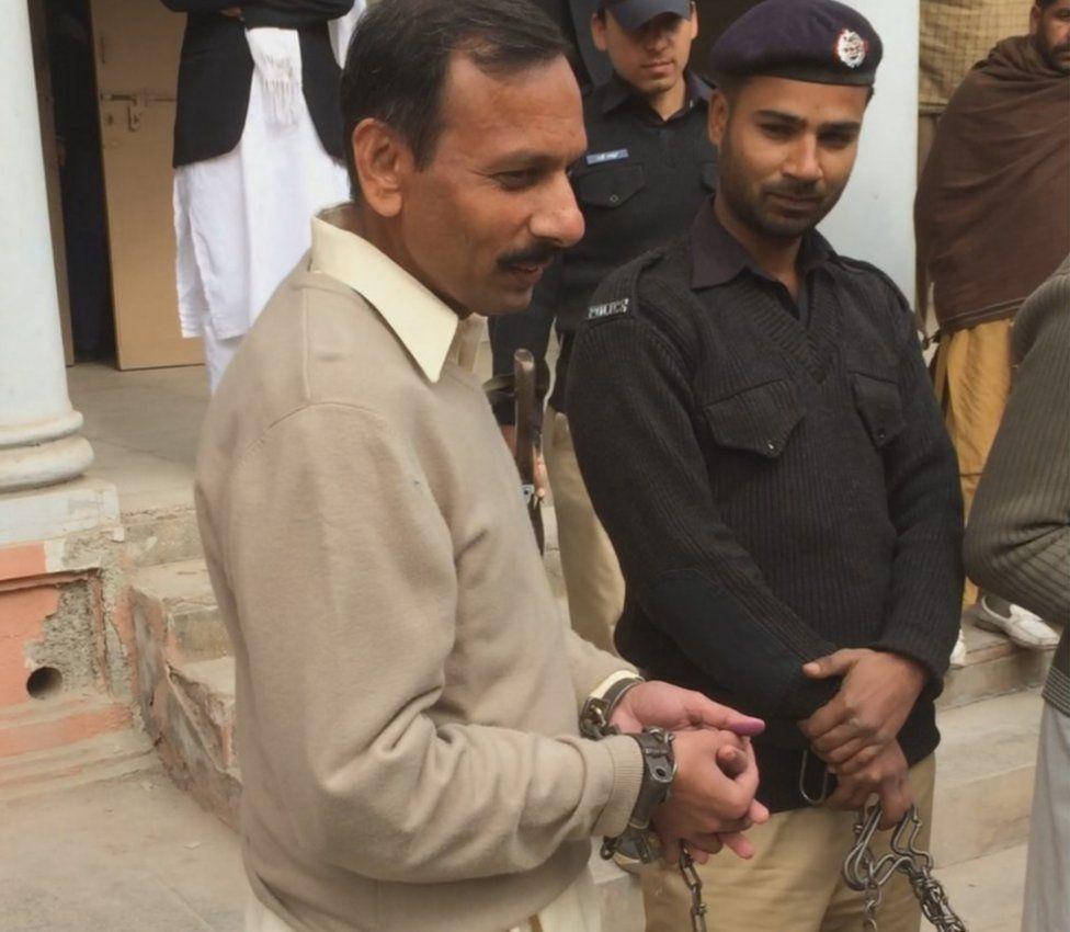 Abdul Sattar in chains
