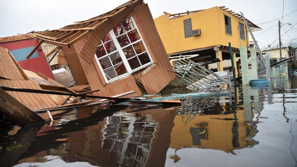 Destrozos por el paso del huracán María por Puerto Rico.