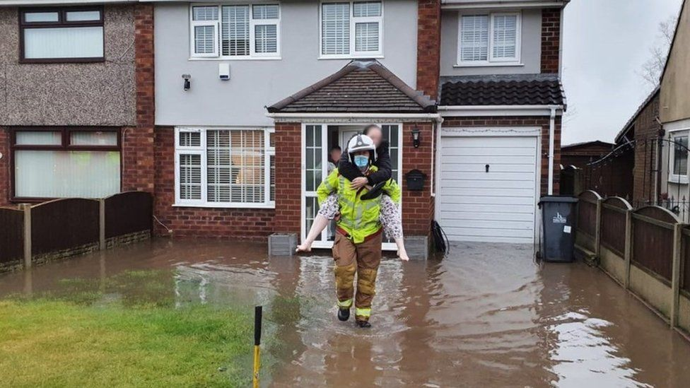 Cheshire Fire helped rescue people from their homes