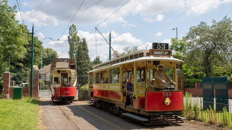 The tramway in operation