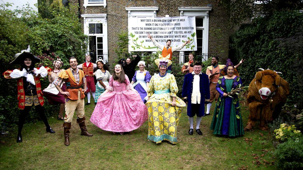 Panto cast in Peter Duncan's garden