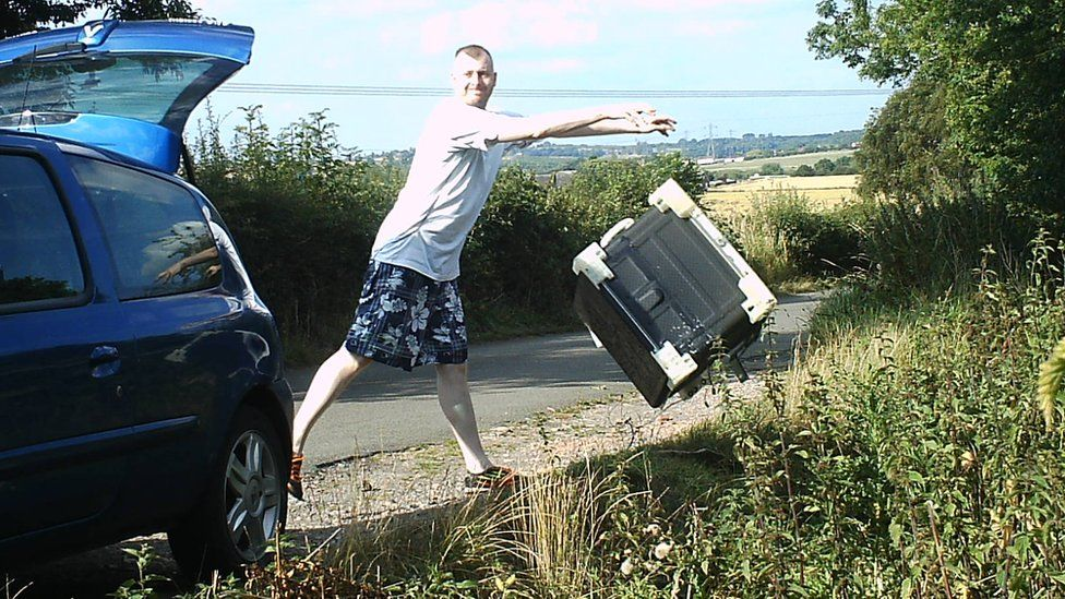 Man caught on camera fly-tipping