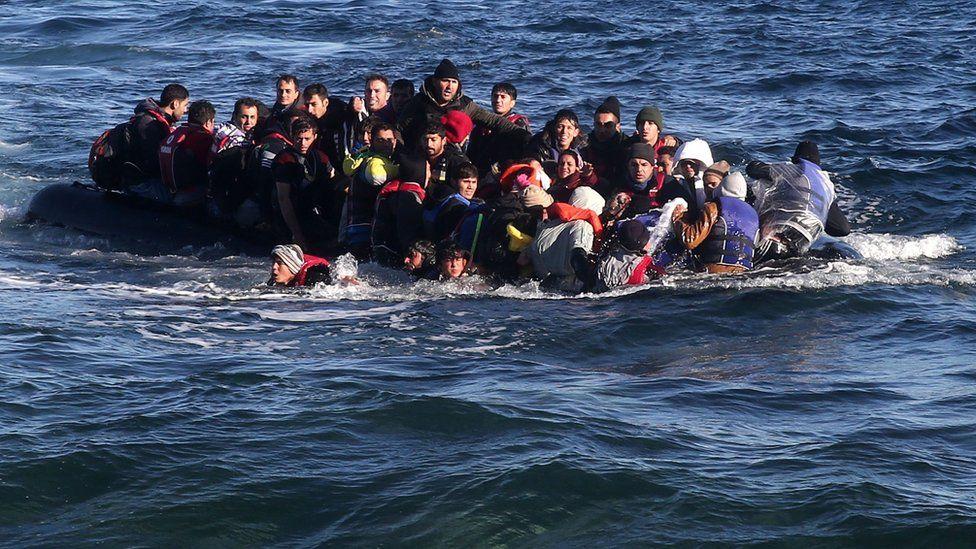 Avrupa'ya yasa dışı göçmen girişi azaldı, Türkiye-Yunanistan kara sınırından geçişler arttı
