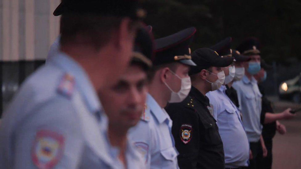 Police at Khabarovsk protest