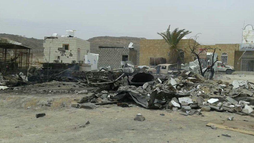 Aftermath of air strike that damaged Kitaf rural hospital in north-western Yemen (26 March 2019)