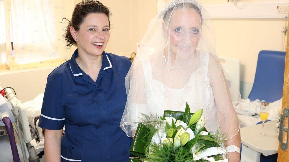 Ward Manager Delyth Kotkowicz with bride Lynda Bailey
