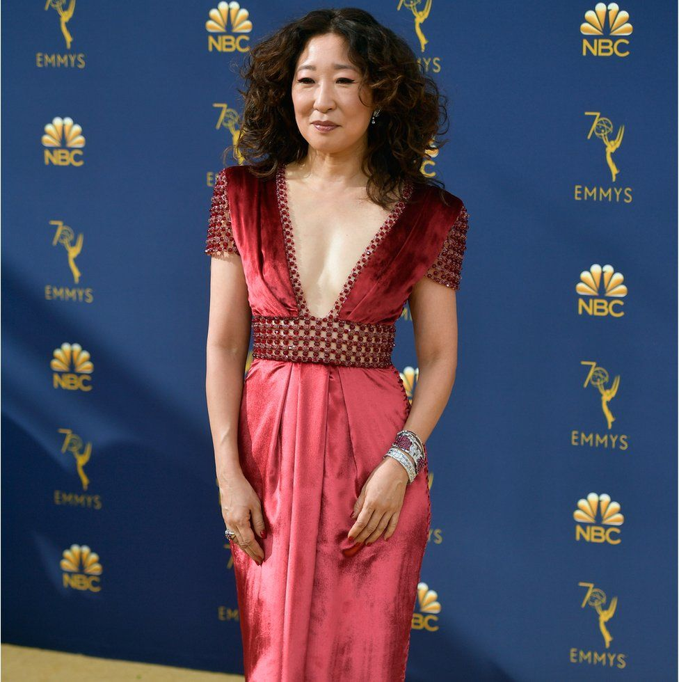 57daefa5a5d7c Emmy Awards 2018 red carpet fashion - in pictures - BBC News