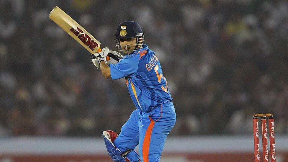 Gambhir batting during a cricket match